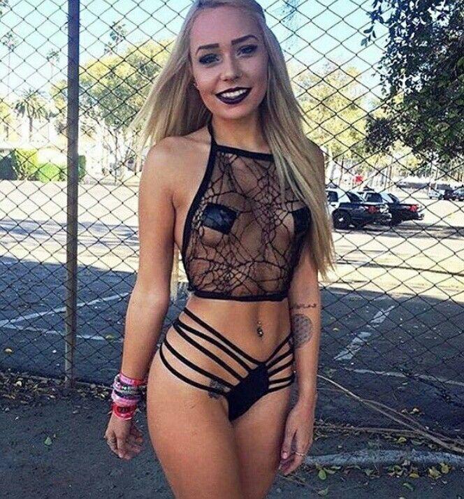 Hot girl bra festival — img 8