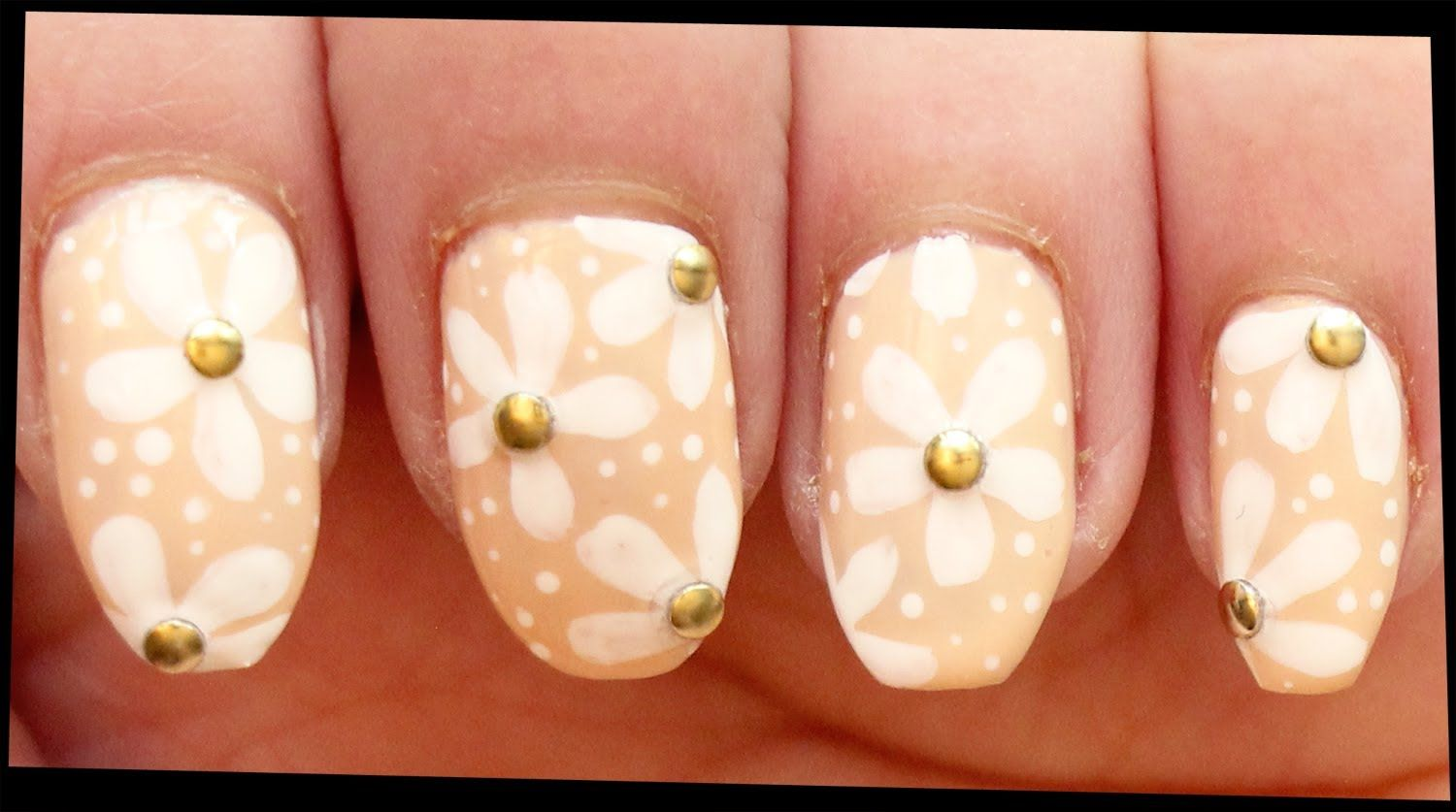 White Flowers on Nude nail art | Nail Art - Flowers and Nature ...