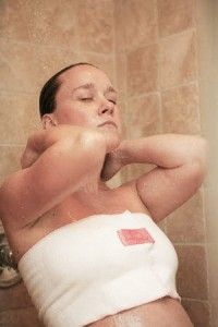 The Shower Hug For Breast Feeding Moms So Many Things I Dont Know Interestingwish Knew About This Like 4 Months Ago
