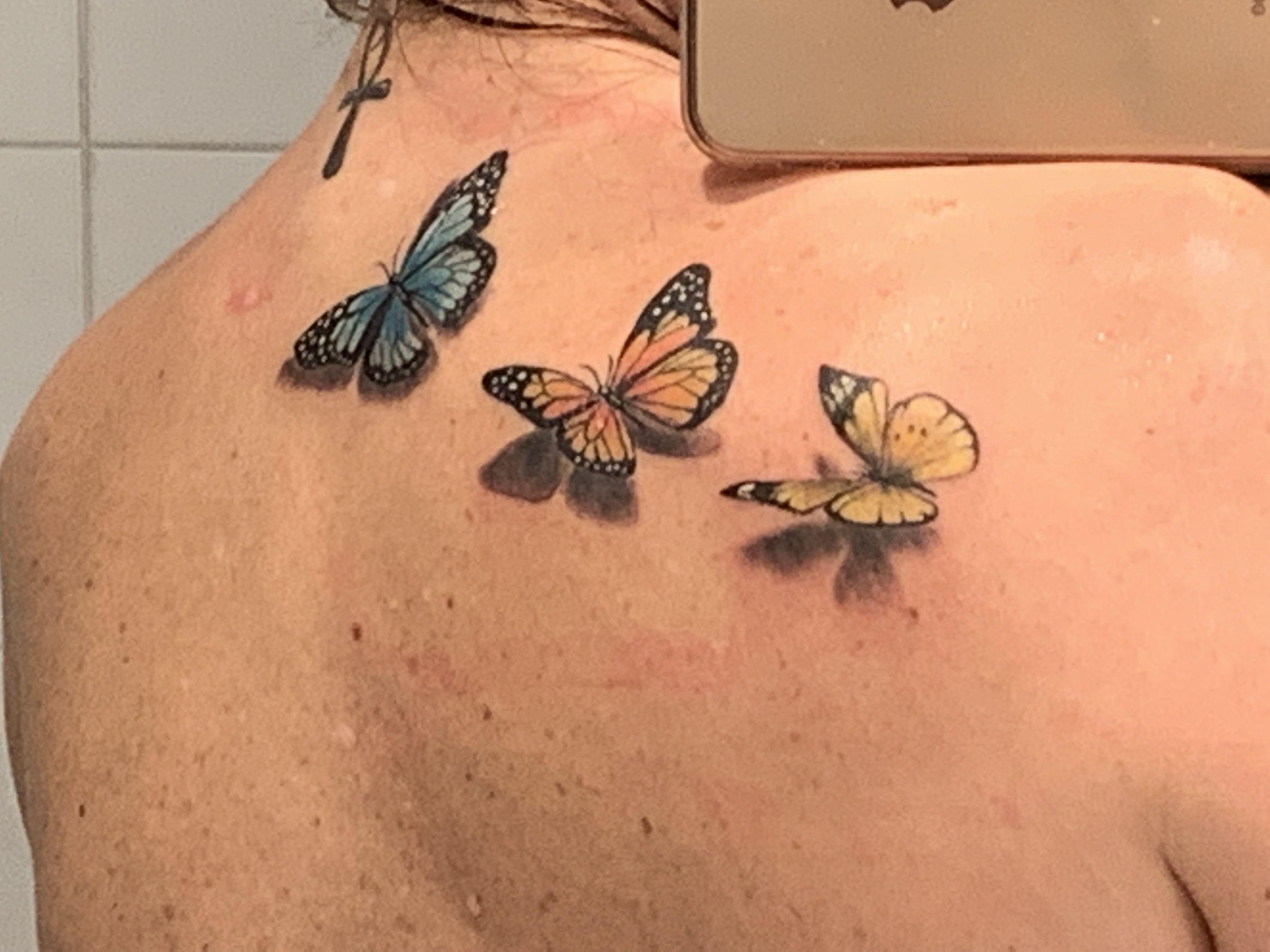 Mariposas en la espalda