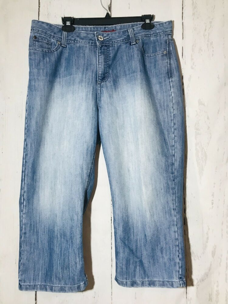 983281d2 Wrangler capri jeans womens size 14 M Light wash cotton blend 38 x 22 | eBay