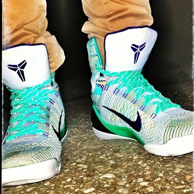 Teal Reflective Shoelaces by Laced Up