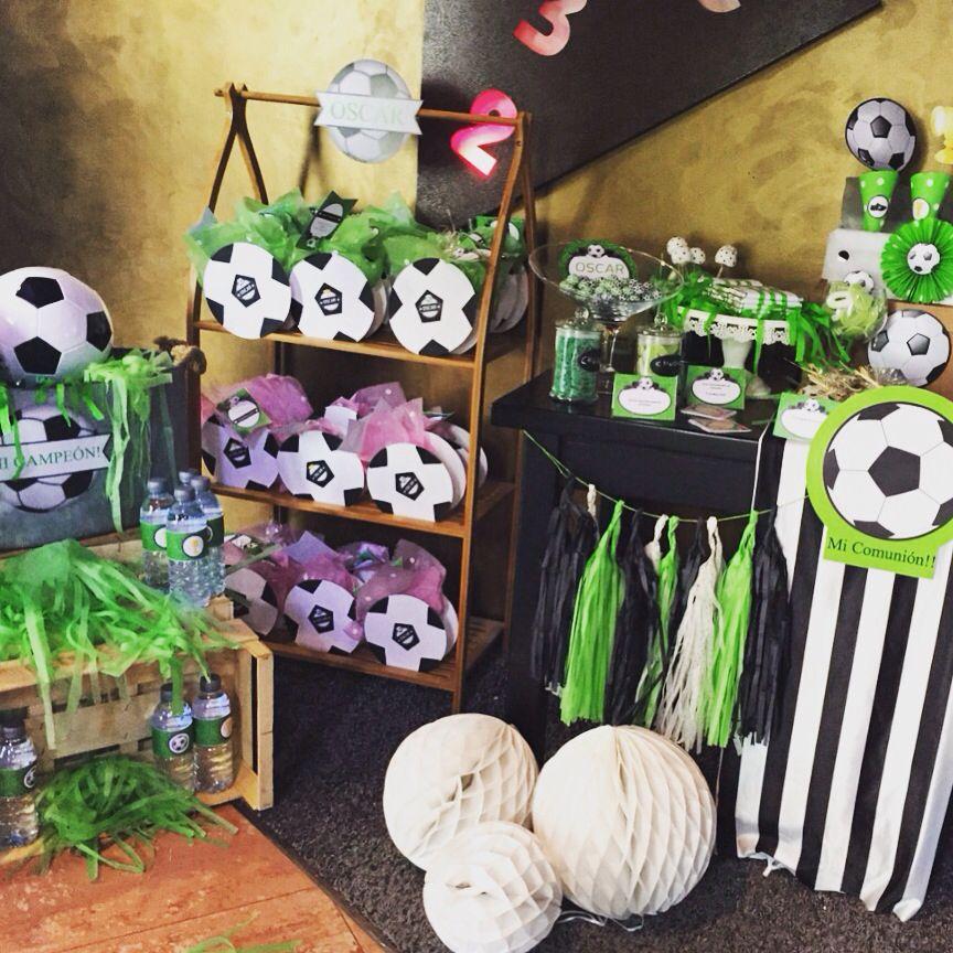 Decoracion de futbol decoraci n para una fiesta futbol for Ideas decoracion fotos pared