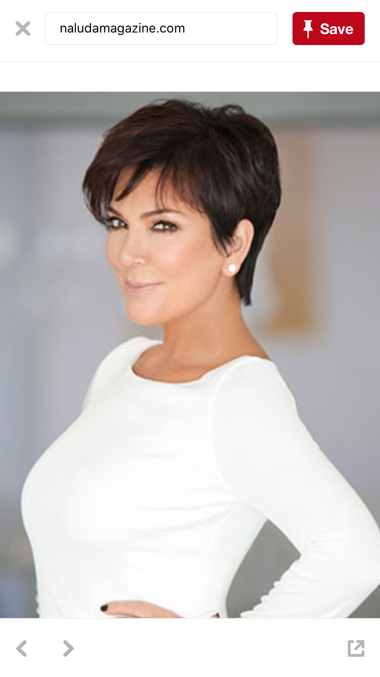 The way her haircut is styled  Jenner hair, Kris jenner haircut