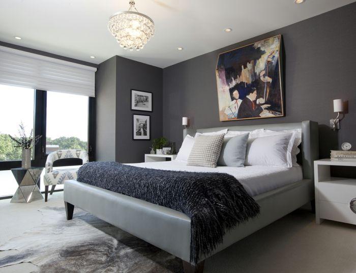 Gestaltungsideen schlafzimmer ~ Wandfarbe grau dekoriert mit großem wandgemälde einrichtungs