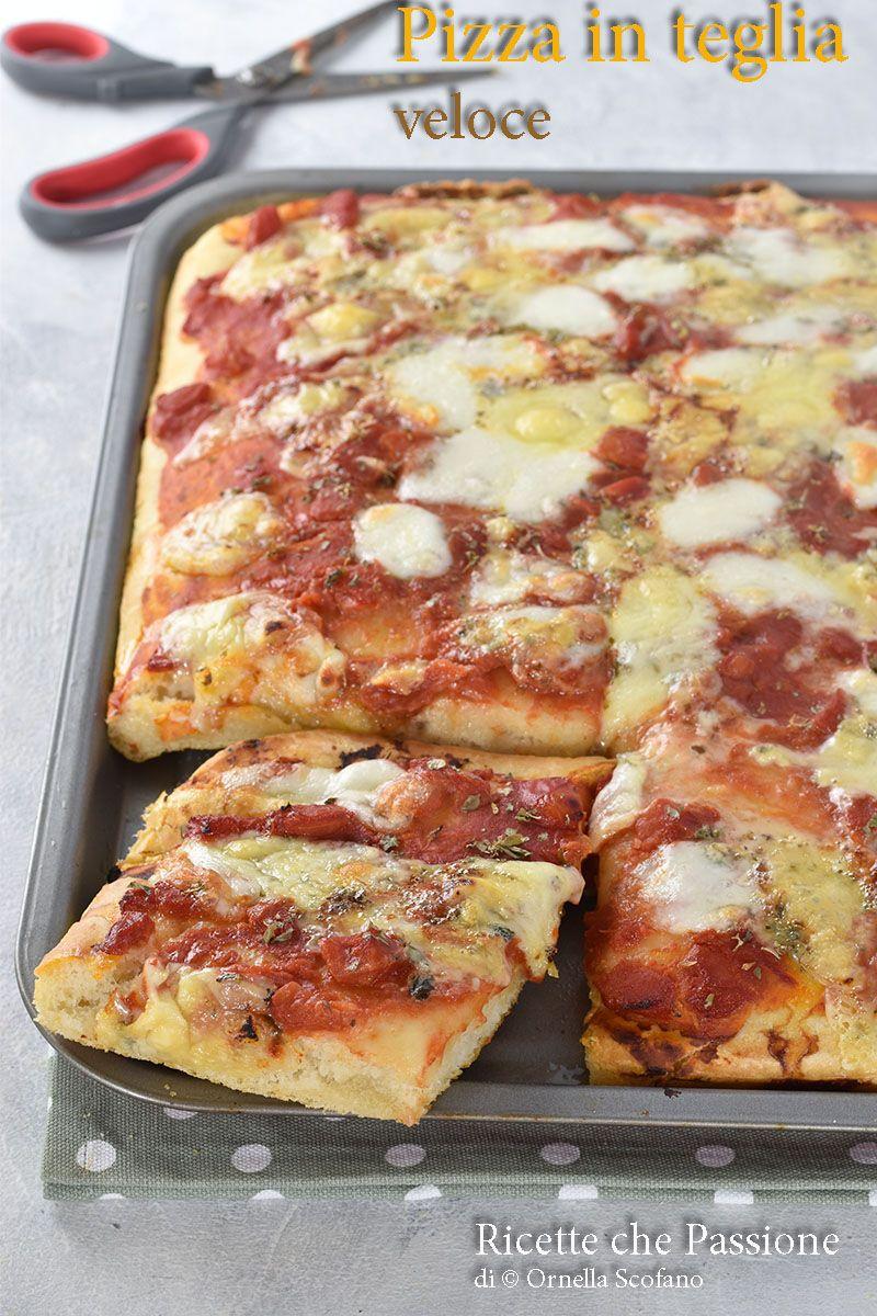 Pizza veloce in teglia senza impasto con lievitazione veloce