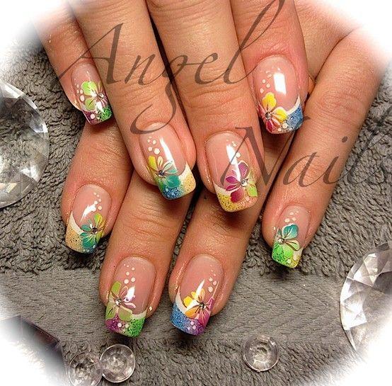 #Floral #nail #art
