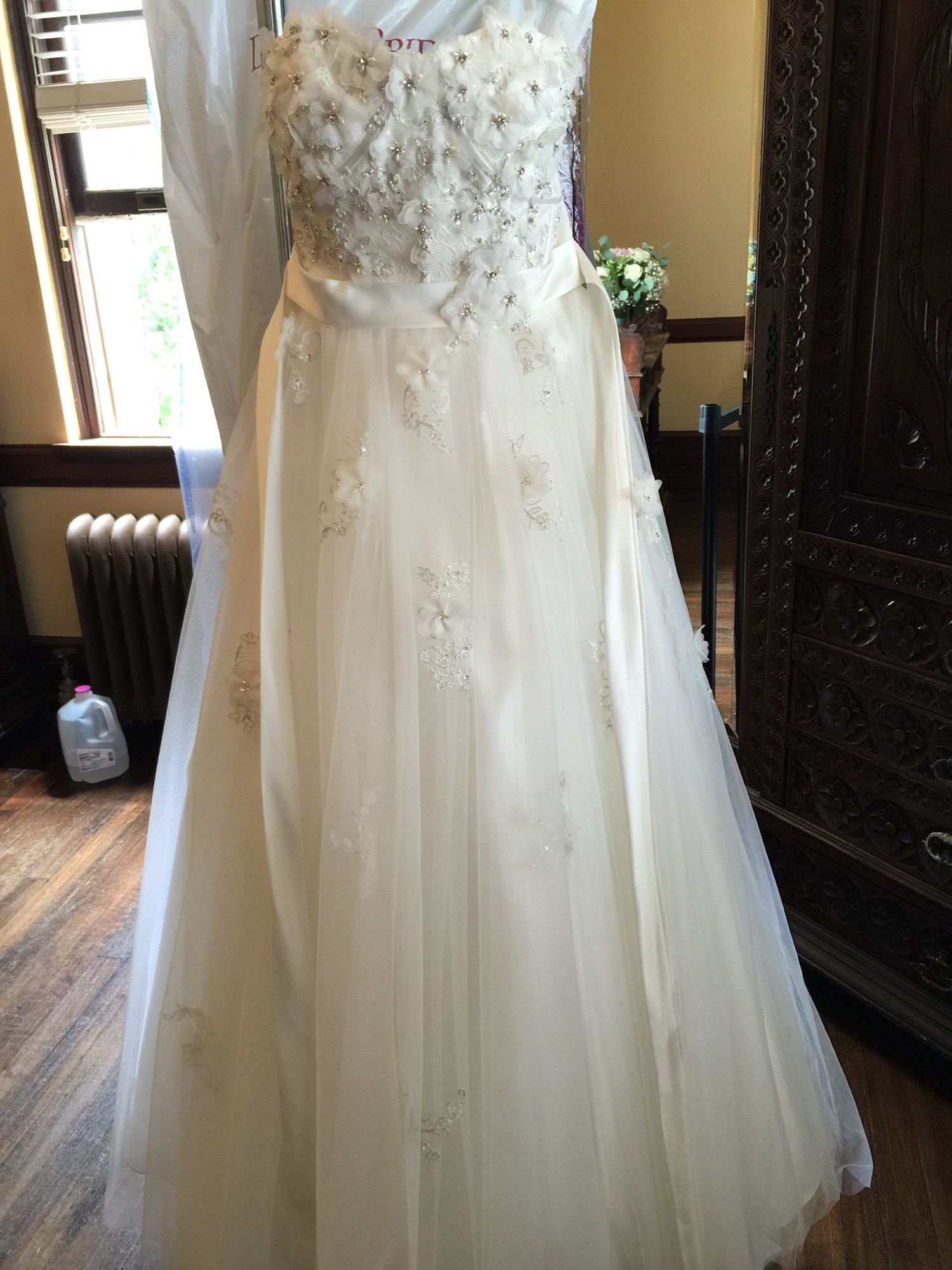 The Dress Snow White Style 207 From Disney Fairytale Wedding Collection At Alfred Angelo