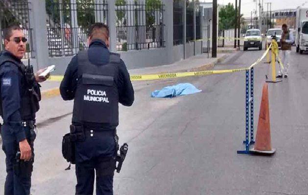 Se suicida lanzándose de puente peatonal en Juárez | El Puntero