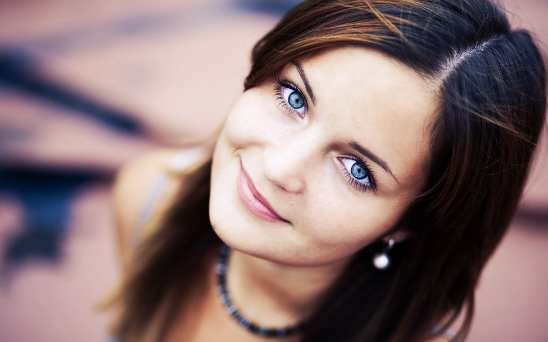 Blue Eyes Pretty get good skin too - read http://skincaretips.pro