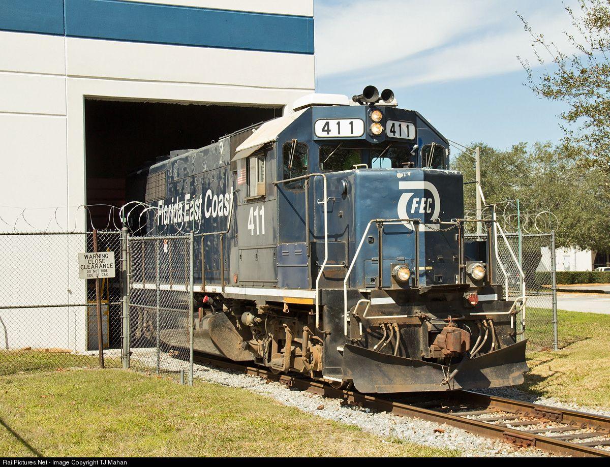 RailPictures.Net Photo: FEC 411 Florida East Coast Railroad (FEC) EMD GP40-2 at Jacksonville, Florida by TJ Mahan