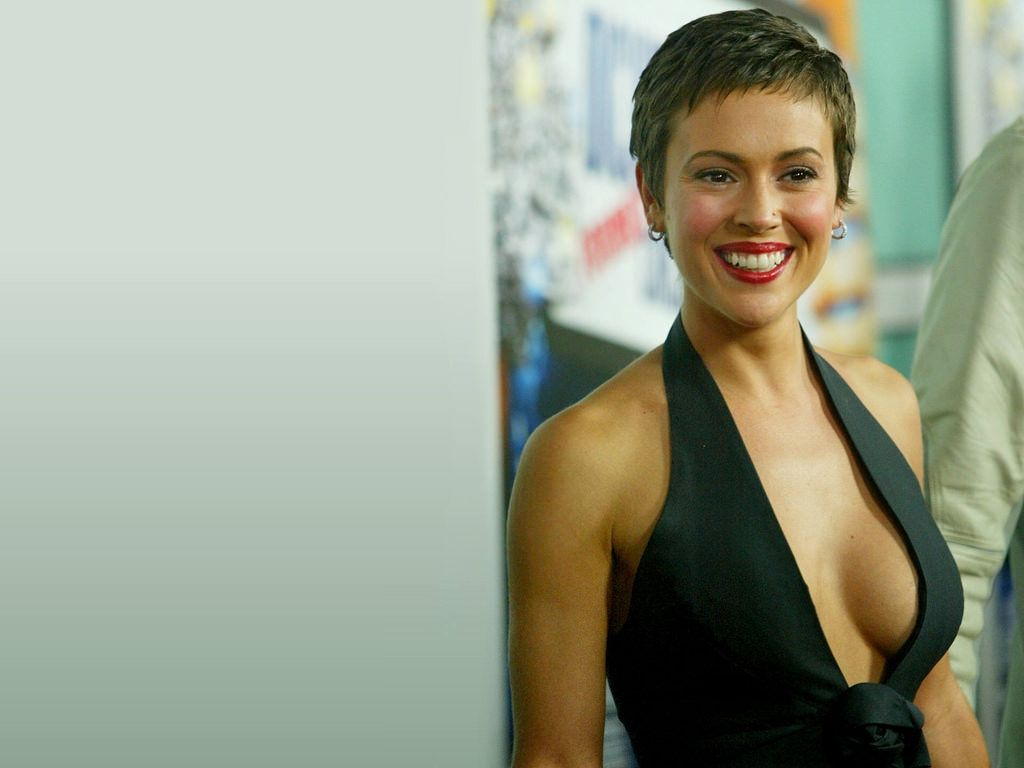 Alyssa Milano Net Worth Alyssa Milano Alyssa Milano Charmed