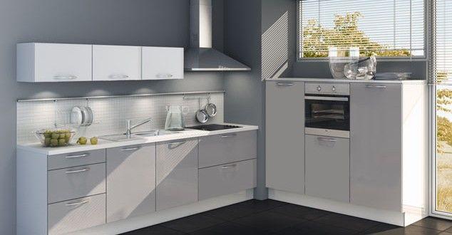 Zeer complete Häcker L keuken met Siemens Group apparaten