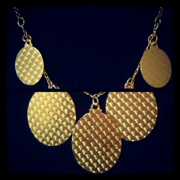 Gargantilla Deluxe |placas doradas|