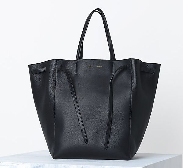 e639f4f2e39d Celine Cabas Phantom handbag in Supple Calfskin Black