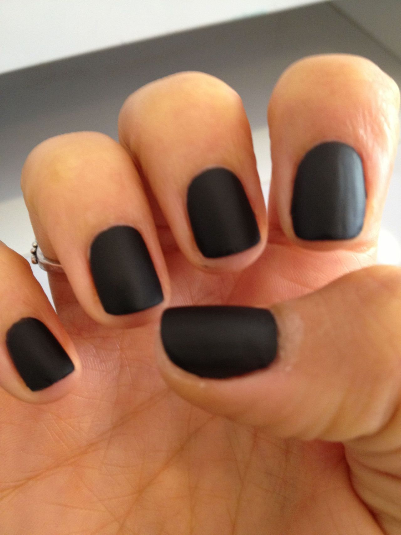 This black nail polish | Uñas | Pinterest | Matte black nail polish ...