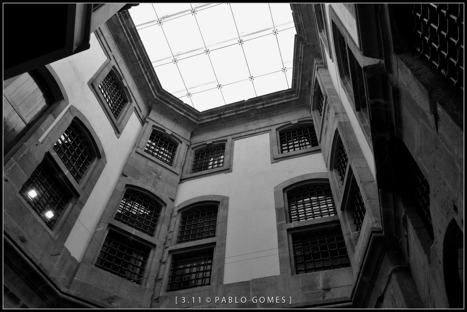 Antiga Cadeia da Relação / Antigua Carcel de la Relación / Former Jail of the Relation [2011 - Porto / Oporto - Portugal] #fotografia #fotografias #photography #foto #fotos #photo #photos #local #locais #locals #edificio #cidade #cidades #ciudad #ciudades #city #cities #europa #europe #arquitectura #architecture #historia #historic #cadeia #cadeias #carcel #carceles #jail #jails #centroportuguesfotografia #baixa #baja #downtown @Visit Portugal @ePortugal @WeBook Porto @OPORTO COOL @Oporto…