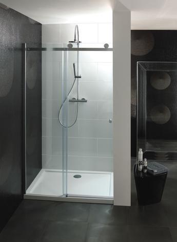 Jetzt im Angebot und kostenlose Lieferung: Einfache CENTRAL Schiebetür 1100. Das markante Rollen-Design der Duschkabinen der Reihe Central gibt ein selbstbewusstes Stil-Statement ab. Diese Duschkabinen verfügen über 8 mm dickes verstärktes Sicherheitsglas, das an den für diese Modelle typischen Rollen an einer silbernen Endschiene aufgehängt ist. Die einfache Central 1100-mm Schiebeduschtür ist eine beeindruckende Duschtür für einen größeren Duschbereich. https://www.yesbadezimmer.de/