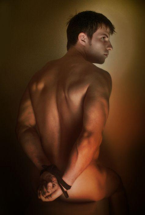 Shirtless hunks make for sexy homo sex