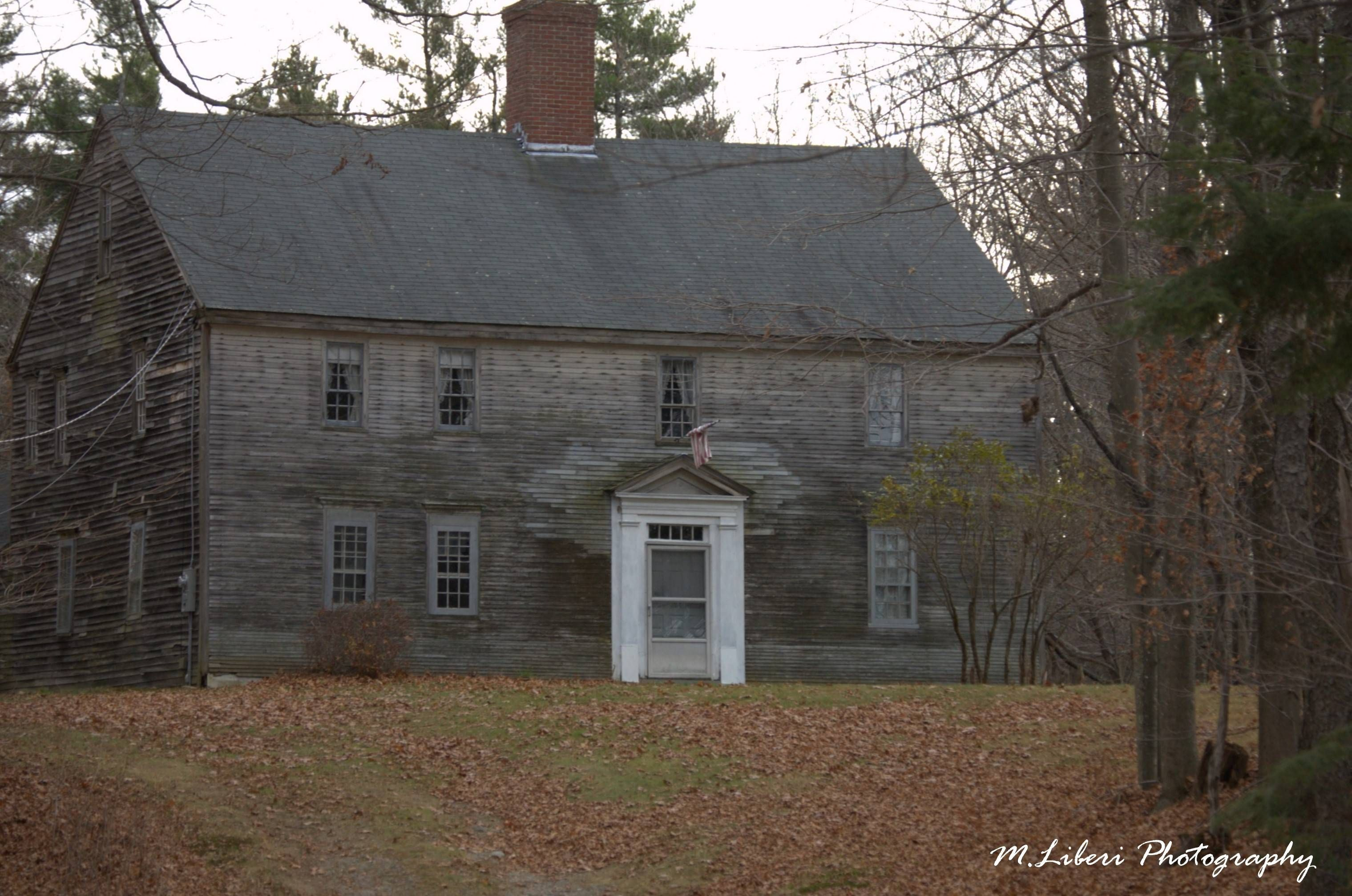 Abandoned House, New England, USA [3039 × 2014] OC | .and ...