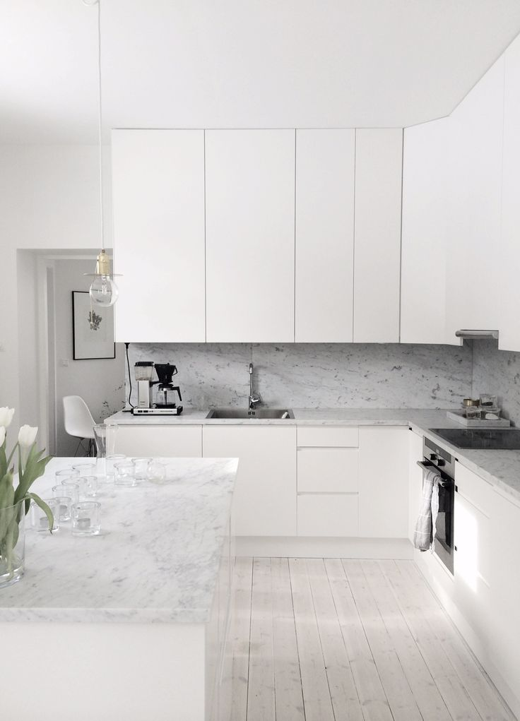 Best 13 Winter White And Grey Rooms Marble Kitchen Interior 400 x 300