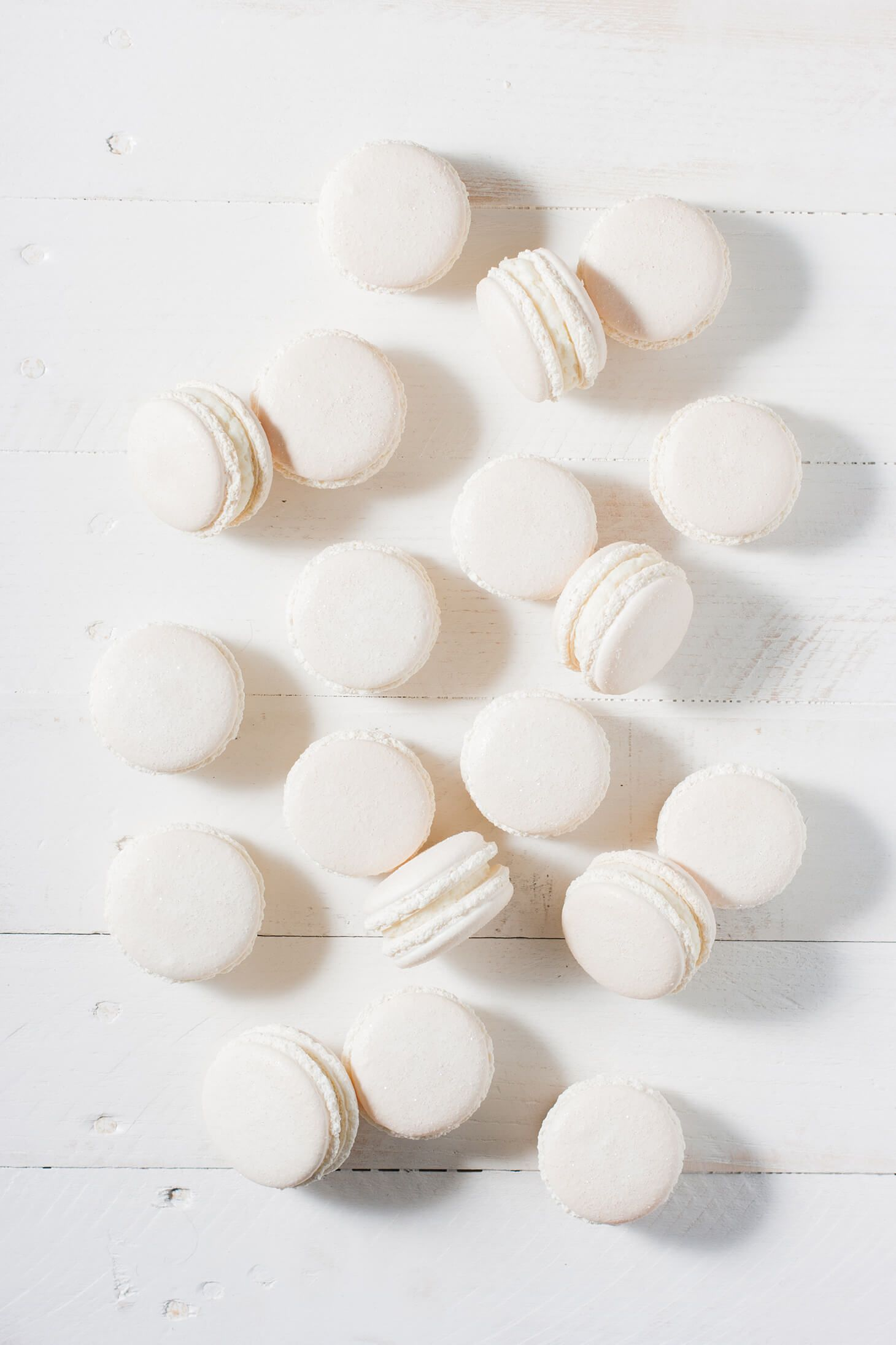 Winter White Macarons | white cafe\' | White food coloring ...