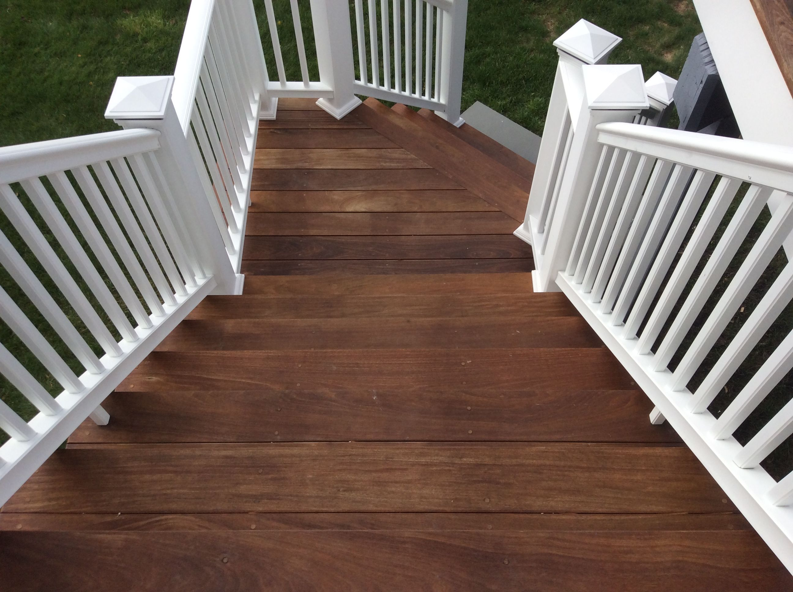 Best Two Tone Stairs Stained With Armstrong Clark Exterior Oil 400 x 300