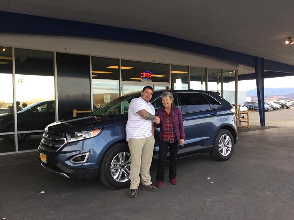 Mrs Messier Just Got This Amazing Super Well Equipped Ford Edge
