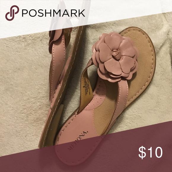 Sandals Between the toe(flip-flop) sandals with flower ornament. Merona Shoes Sandals