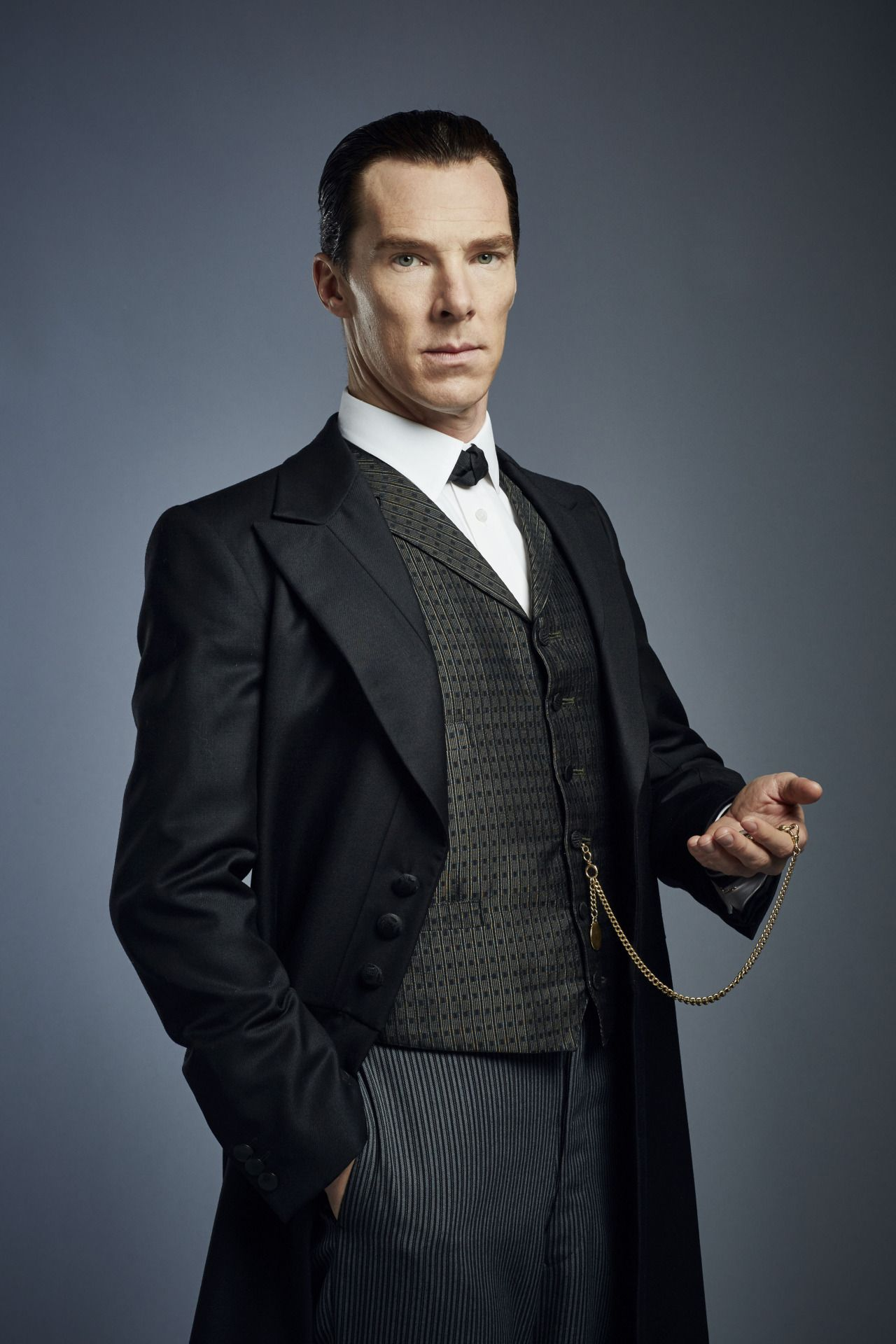 SHERLOCK (BBC/PBS) ~ Sherlock Holmes (Benedict Cumberbatch) in the ...