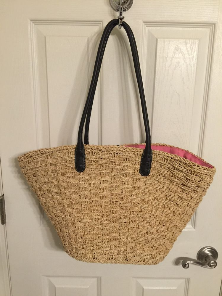 J CREW LARGE STRAW TOTE BAG WITH SOLID PINK LINING AND LEATHER HANDLES #JCrew #TotesShoppers