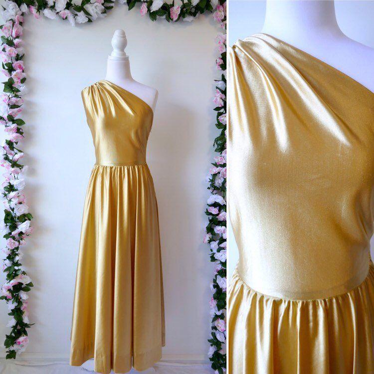 70s Gold Dress 1970s Disco Cocktail Prom Dress Size Medium Etsy Prom Dresses Vintage Cocktail Dress Prom Vintage Party Dresses