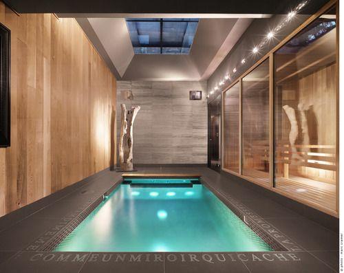 Martine Brisson - piscine intérieure, Montréal