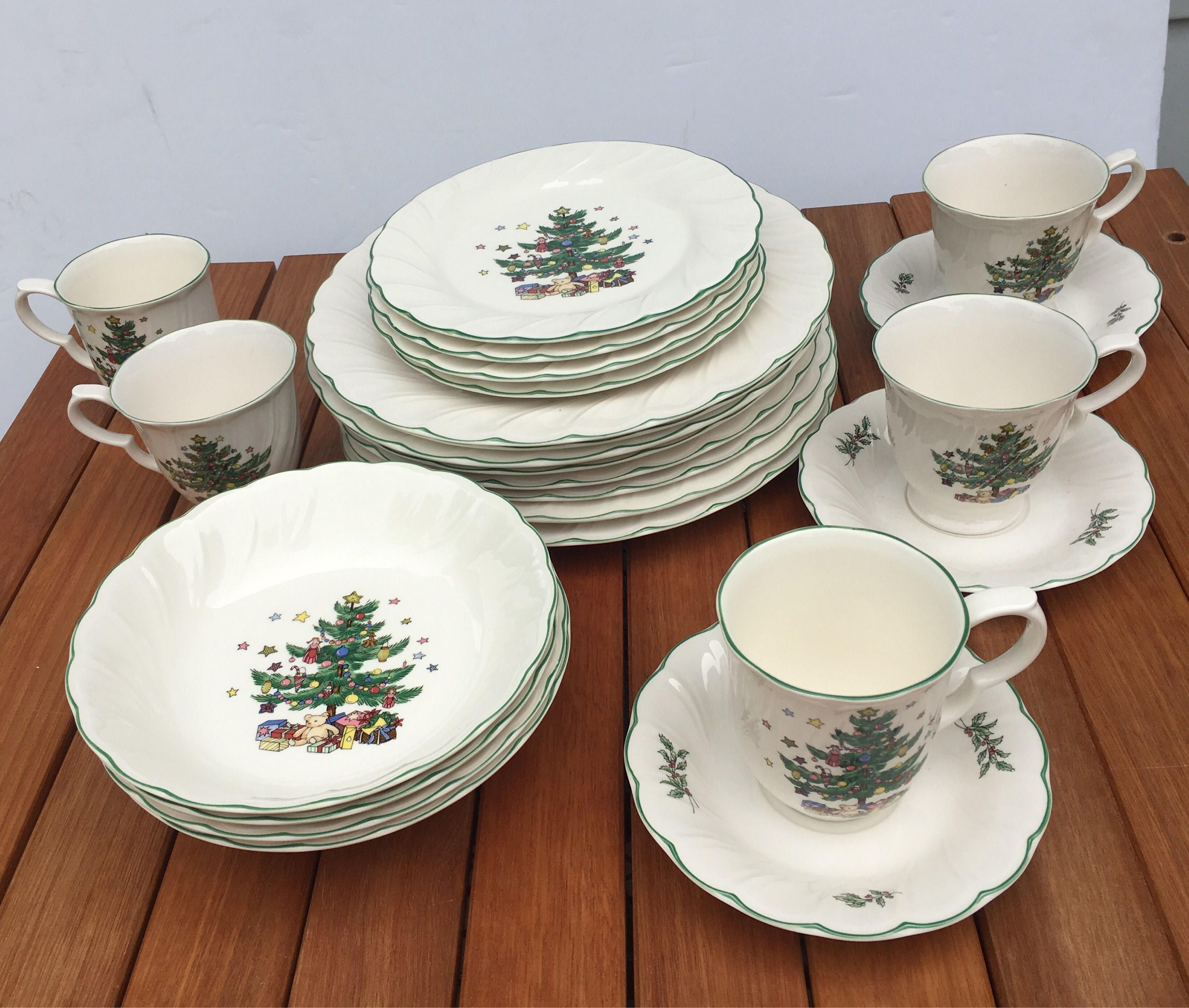 Nikko christmas dish set by HollyWouldFind on Etsy | hollywouldfind ...