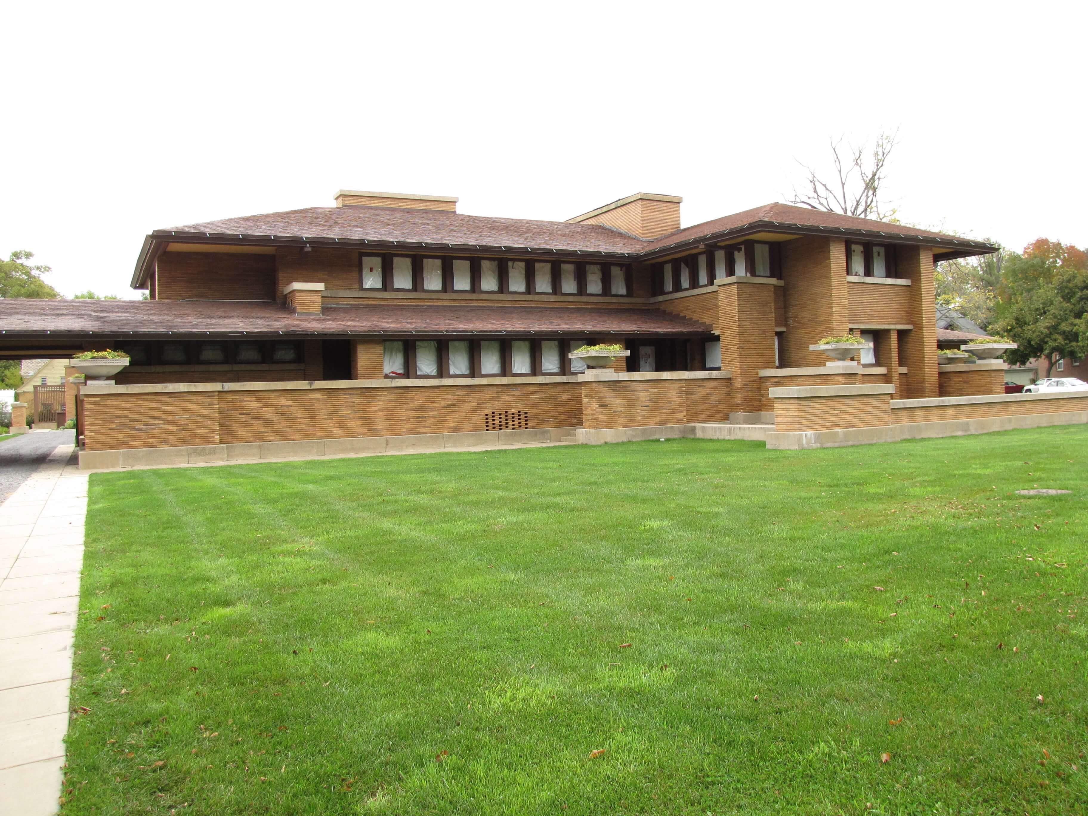 Top 10 Most Beautiful As Well As Innovative Buildings Of Frank Lloyd Wright Martin House Frank Lloyd Wright Frank Lloyd Wright Architecture