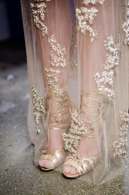 gold details//