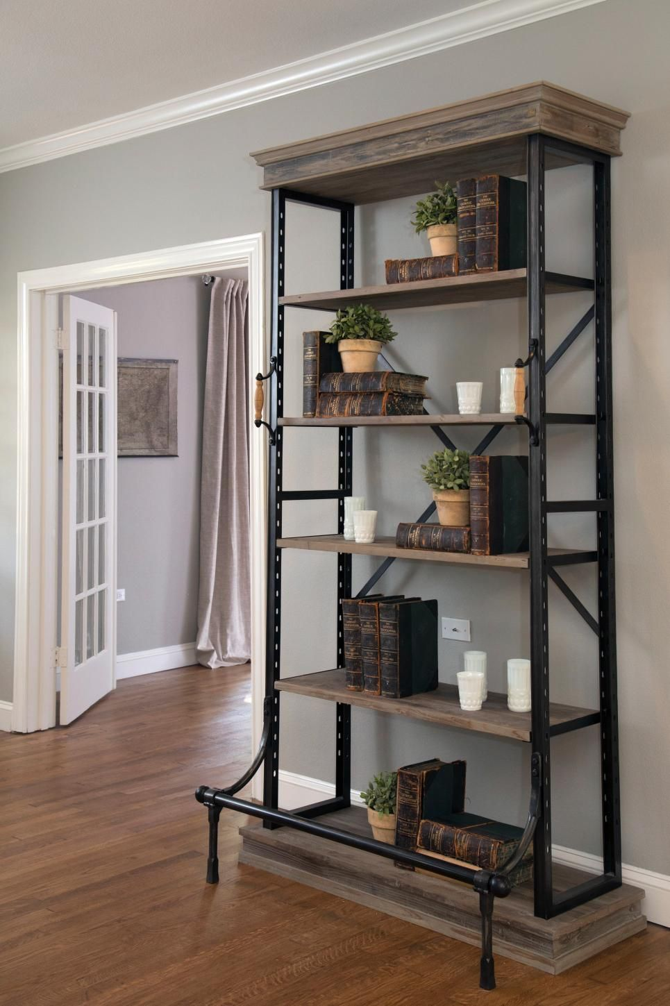 Decorating With Shiplap: Ideas From HGTV's Fixer Upper | Craftsman ...