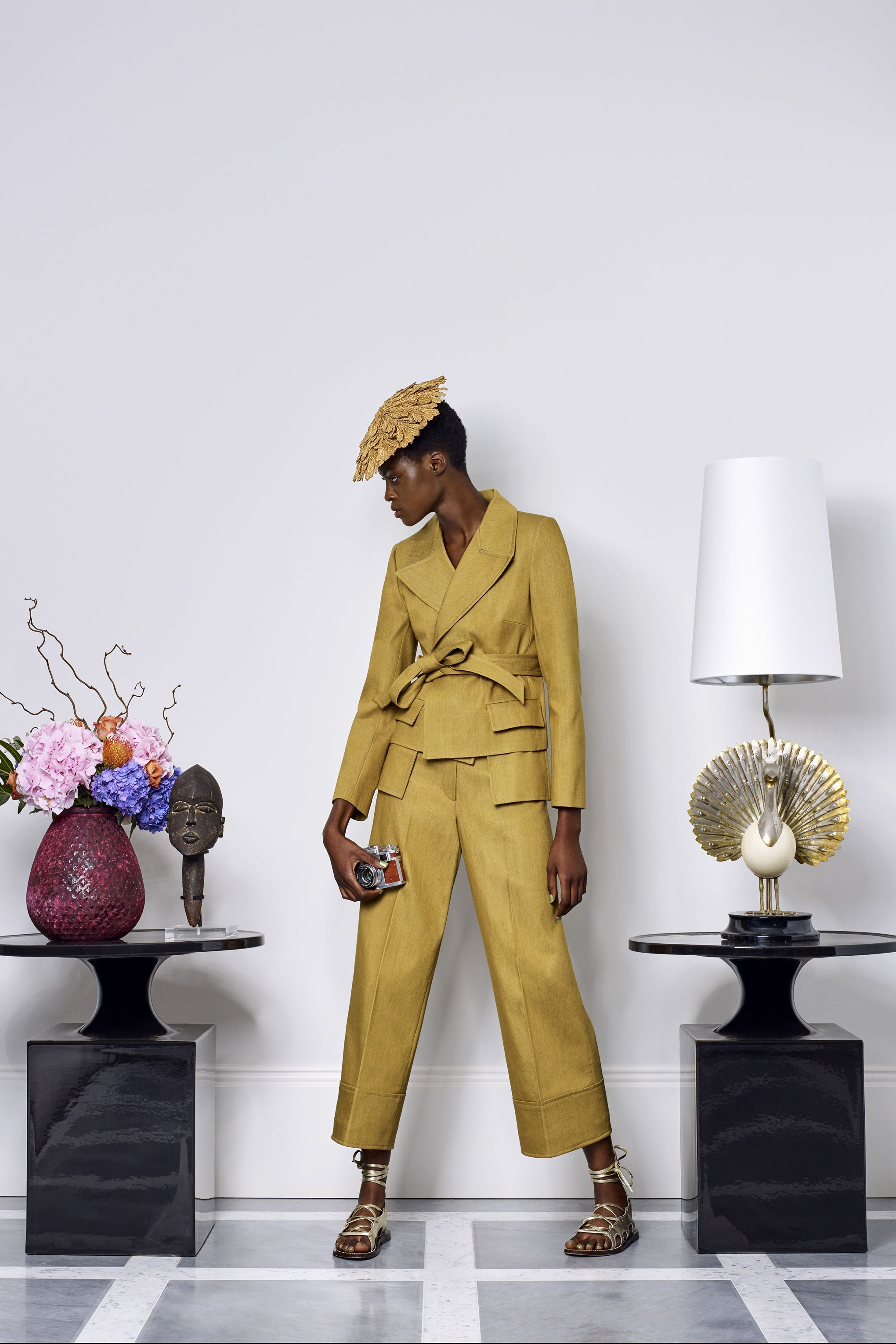 duro olowu spring summer 2018 ready to wear trendfarben 2018 2019 mode trendfarben 2018. Black Bedroom Furniture Sets. Home Design Ideas