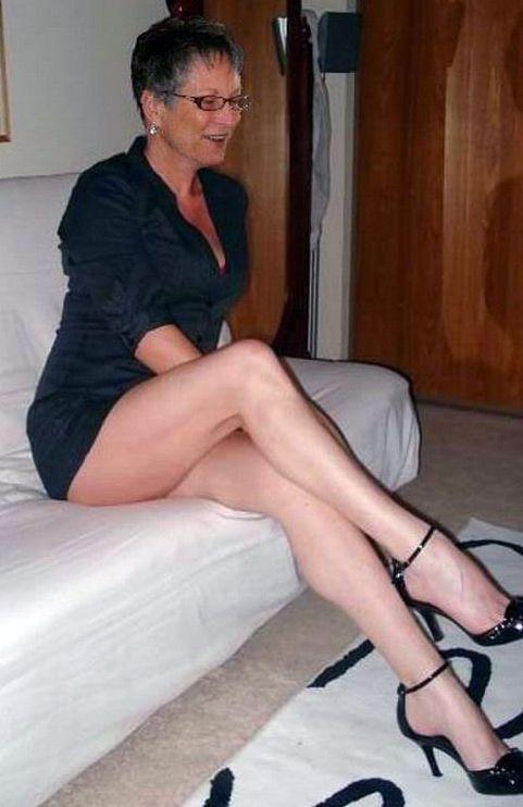 Sexy Ladies Mature 10