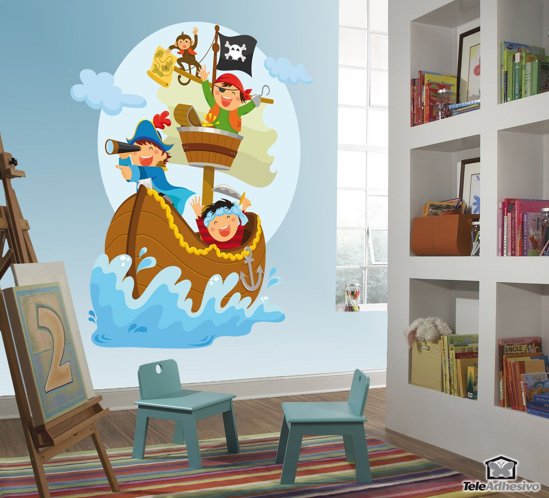 Vinilo infantil Piratas navegando en su barco