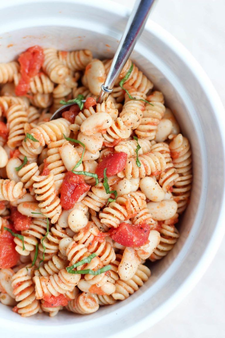 4 Ingredient Italian White Bean Pasta Salad