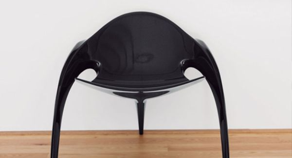 Light Rest Chair by Jordi Mila is made completely in carbon fiber