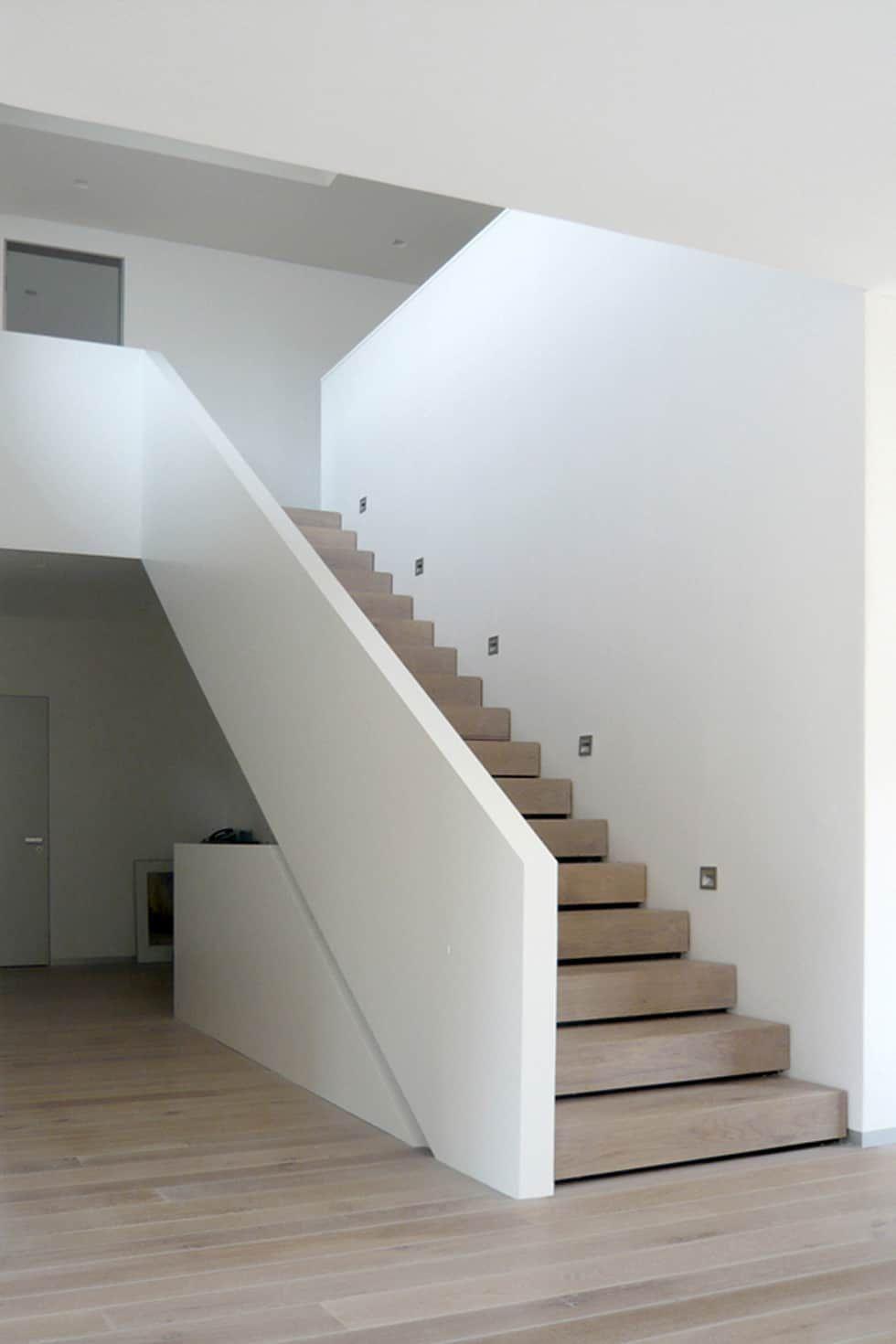 Haus m moderner flur, diele & treppenhaus von sieckmann walther architekten modern | homify