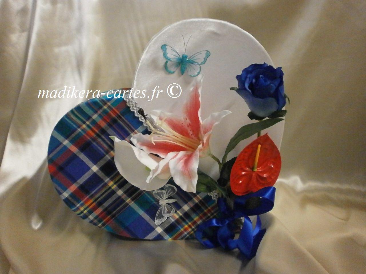 Urne Cœur Moitie Madras Et Moitie Satin Avec Des Fleurs