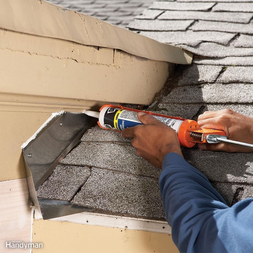 12 Roof Repair Tips Find And Fix A Leaking Roof Tips De Trabajo Detalles Constructivos Y Techos