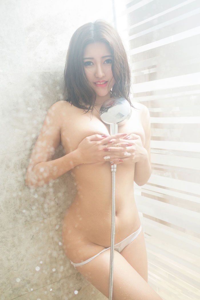 Big Butt Chinese Girl