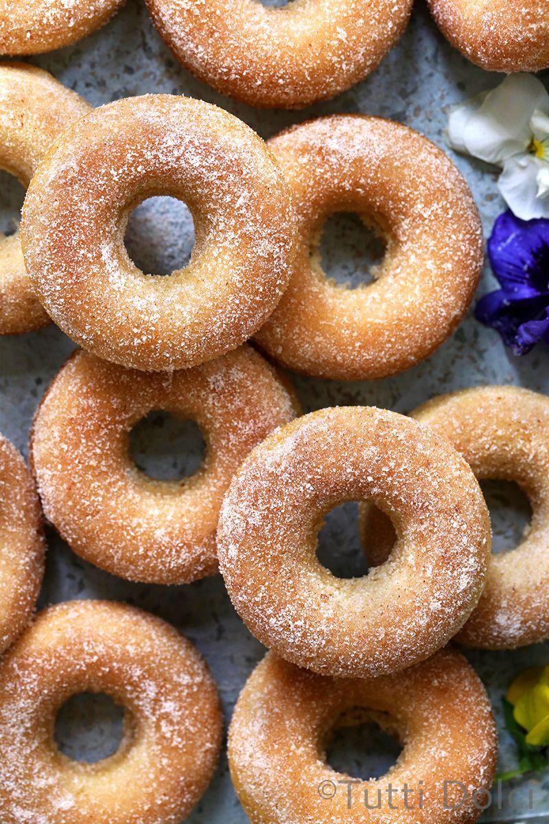 Photo of baked cinnamon sugar doughnuts | Tutti Dolci