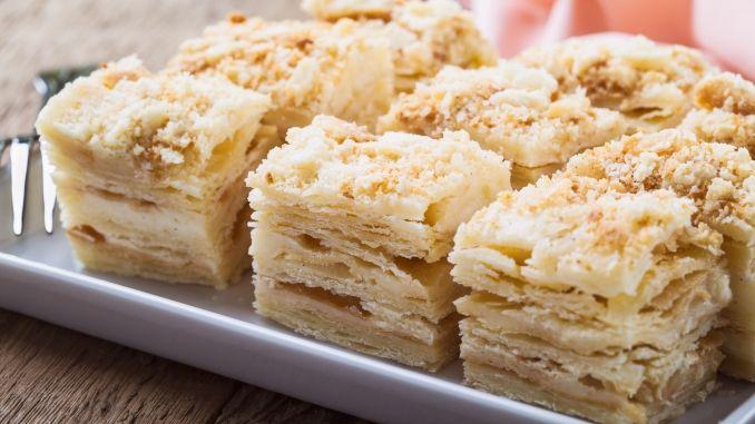 russische napoleontorte schnell gemacht rezept in 2019 rezepte pinterest napoleon torte. Black Bedroom Furniture Sets. Home Design Ideas