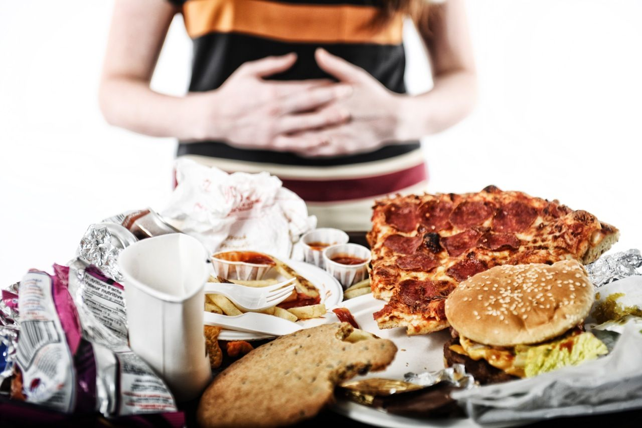 binge-eating disorder: symptoms, risk factors, causes, test