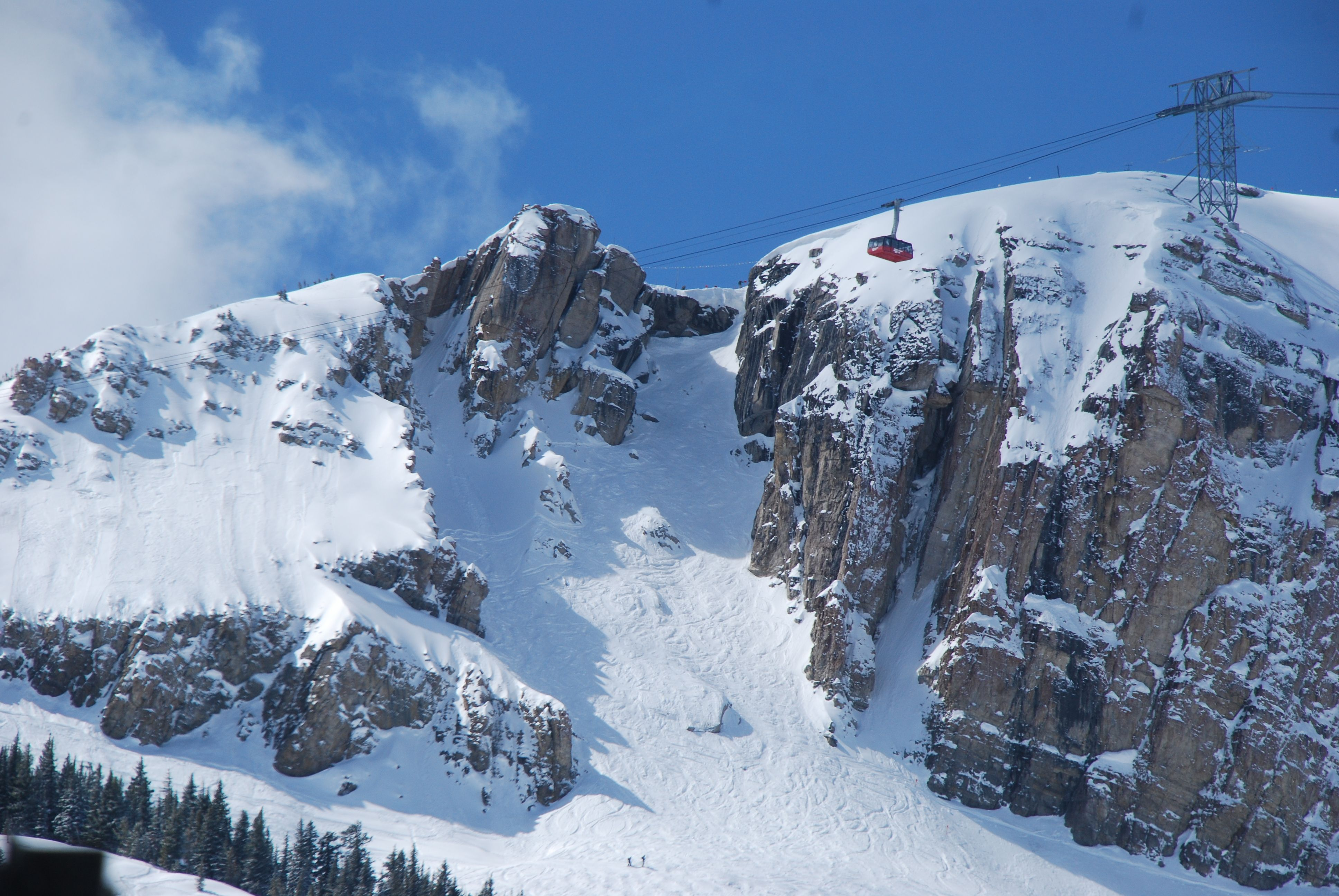 corbets_couloir_jackson_hole | free lines | pinterest | skiing